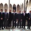 Artur Mas recibió ayer en el Palau de la Generalitat a una delegación de alcaldes del Baix Llobregat, firmantes de una carta de apoyo al derecho a decidir