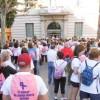 Al voltant de 500 persones caminen contra el càncer de mama a la capital del Baix Llobregat