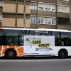 Sant Boi posa en marxa un autobús contra l'homofòbia en el març de la campanya 'Sant Boi és diversa'