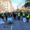 Una manifestació amb força baixllobregatina reclama la unió dels tramvies a la Diagonal