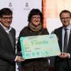 La veïna de Martorell Mònica López rep la primera T-Verda del Baix Llobregat Nord