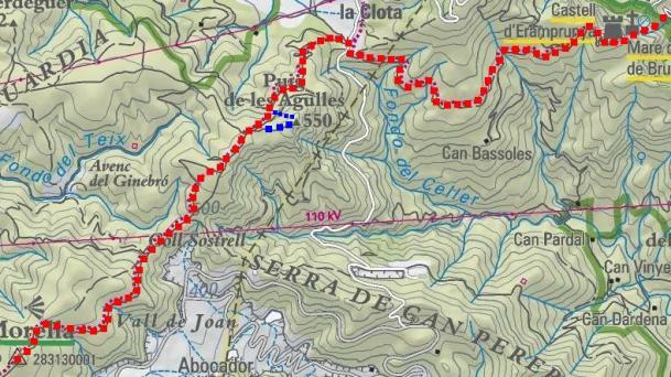 Itinerari, en blau variant de descens (sobre el mapa de l'Institut Català de Cartografia).